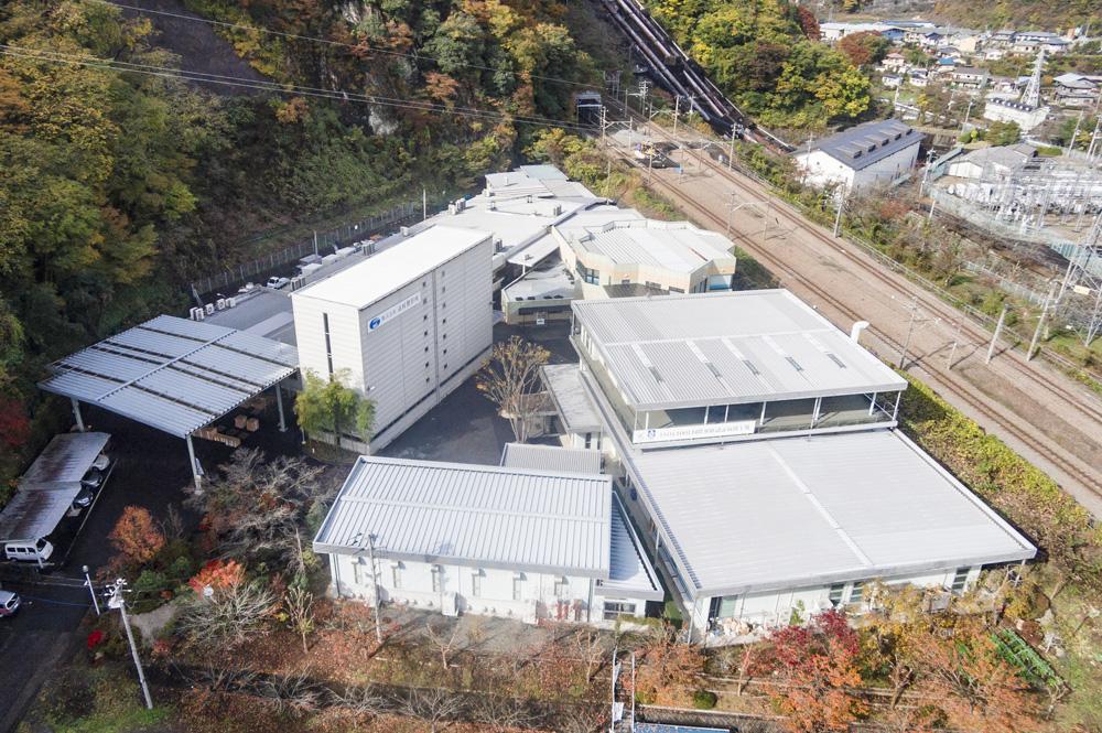 現在の市村製作所本社工場(全景)